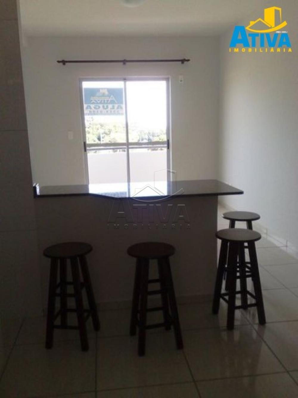 Alugar Apartamento / Padrão em Toledo R$ 690,00 - Foto 9