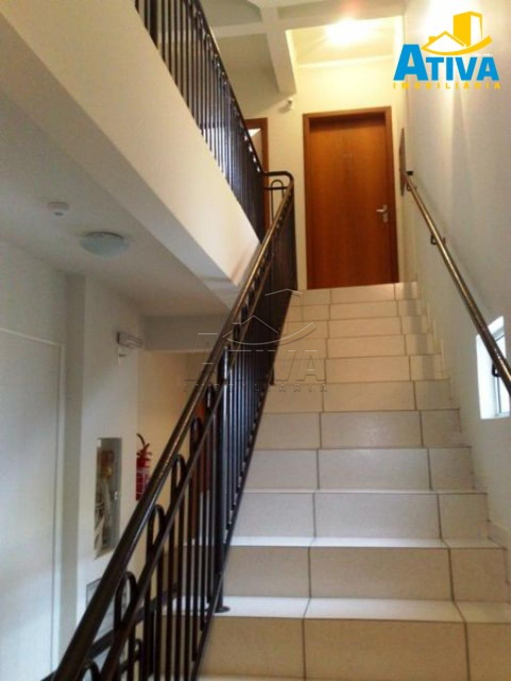 Alugar Apartamento / Padrão em Toledo R$ 690,00 - Foto 7