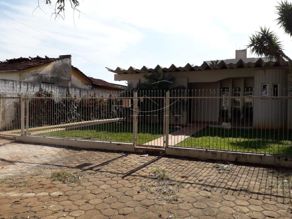 Alugar Casa / Padrão em Toledo apenas R$ 2.600,00 - Foto 1