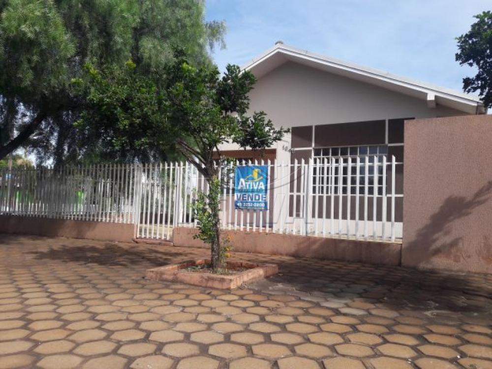 Alugar Casa / Padrão em Toledo apenas R$ 1.400,00 - Foto 1
