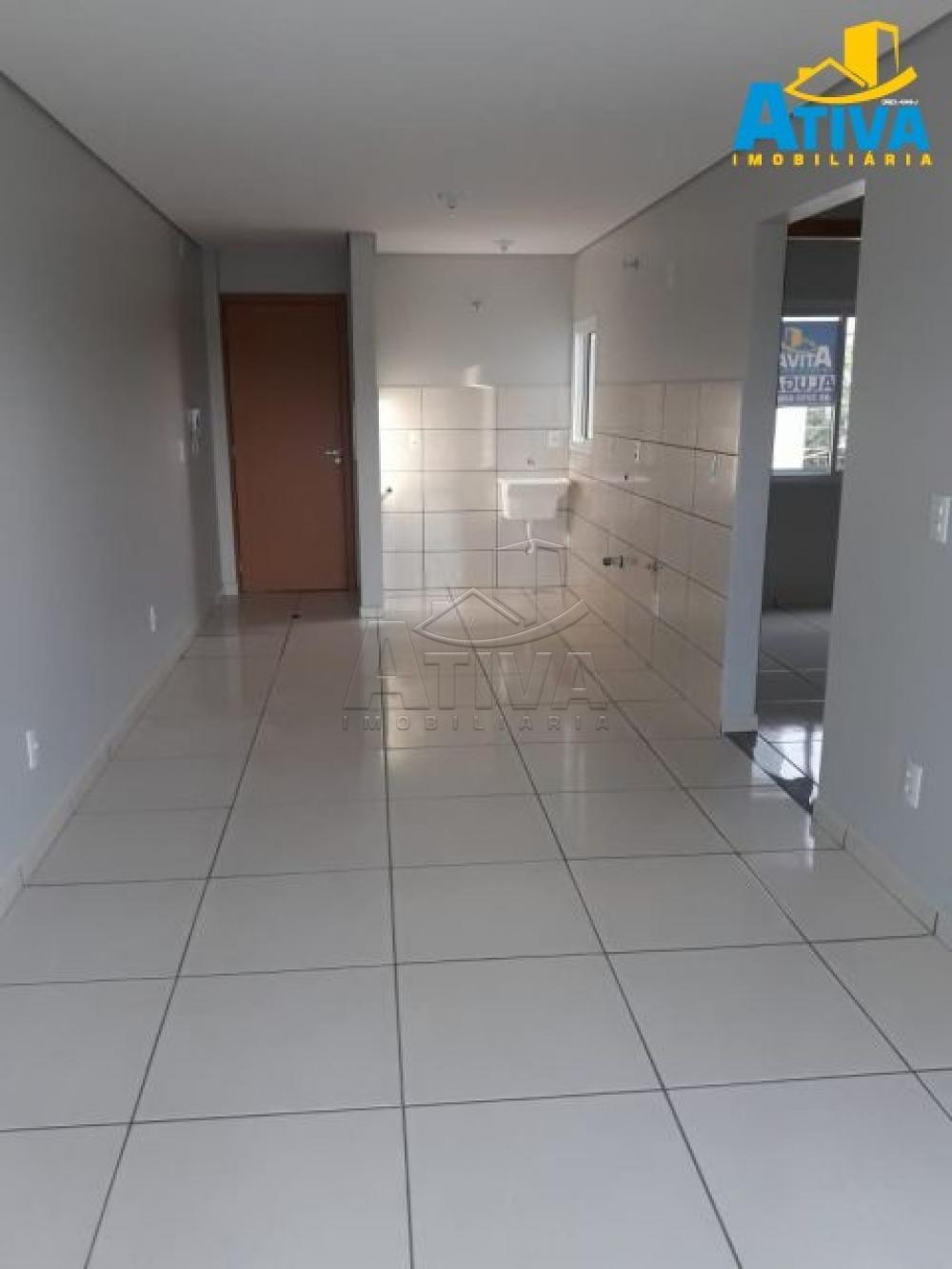Alugar Apartamento / Padrão em Toledo apenas R$ 670,00 - Foto 3