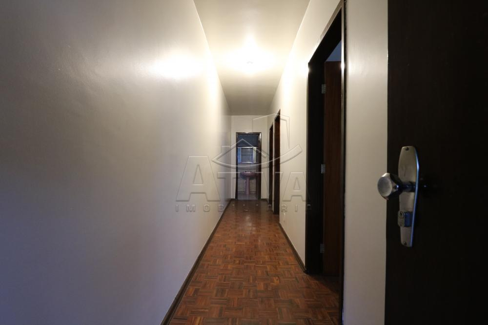 Alugar Apartamento / Padrão em Toledo R$ 750,00 - Foto 14