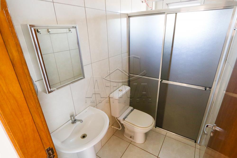 Alugar Apartamento / Padrão em Toledo R$ 750,00 - Foto 17