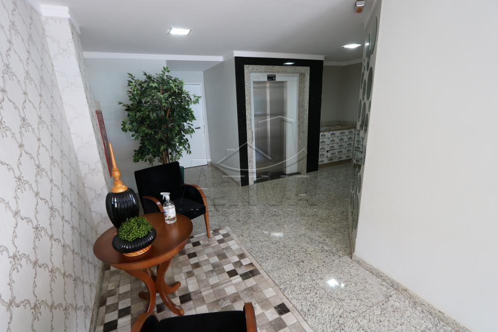 Alugar Apartamento / Padrão em Toledo R$ 1.950,00 - Foto 4