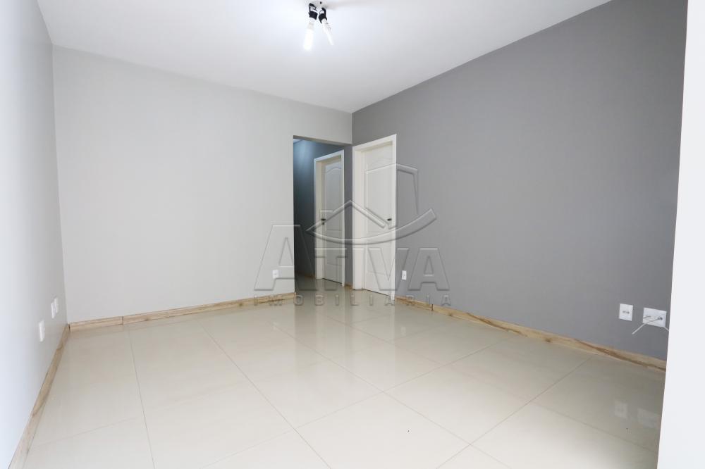 Alugar Apartamento / Padrão em Toledo R$ 1.950,00 - Foto 24