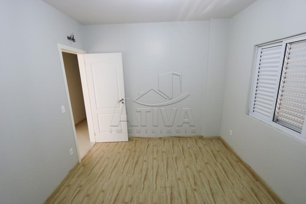 Alugar Apartamento / Padrão em Toledo R$ 1.950,00 - Foto 28
