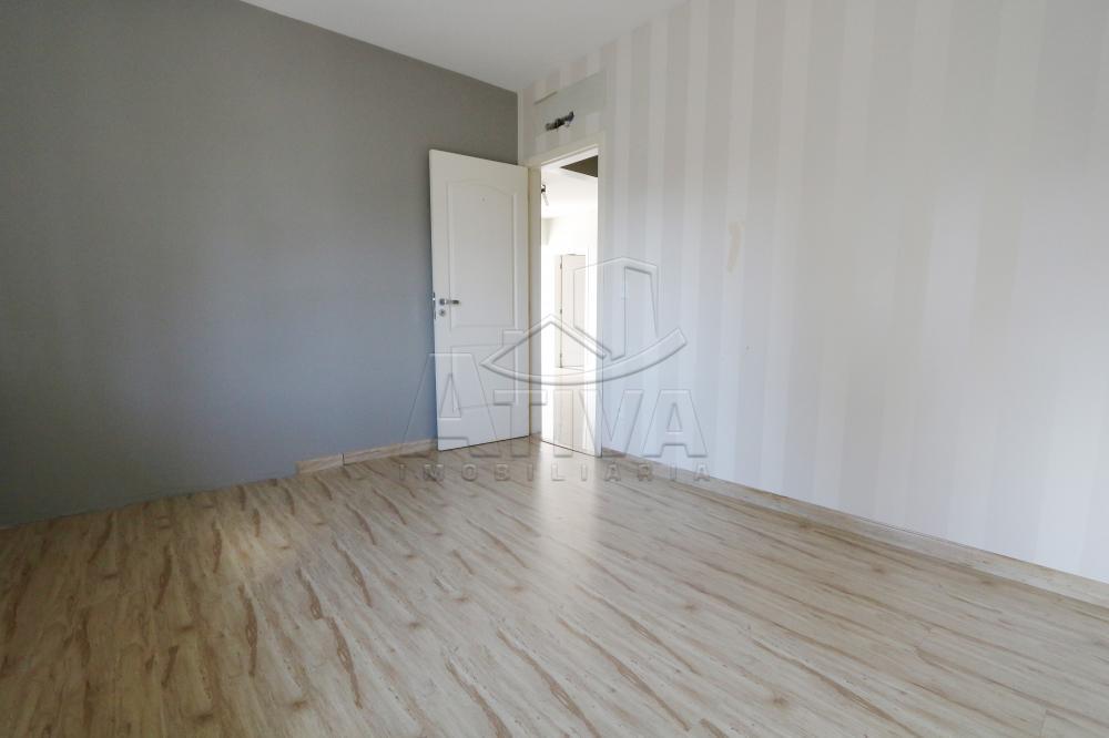 Alugar Apartamento / Padrão em Toledo R$ 1.950,00 - Foto 31
