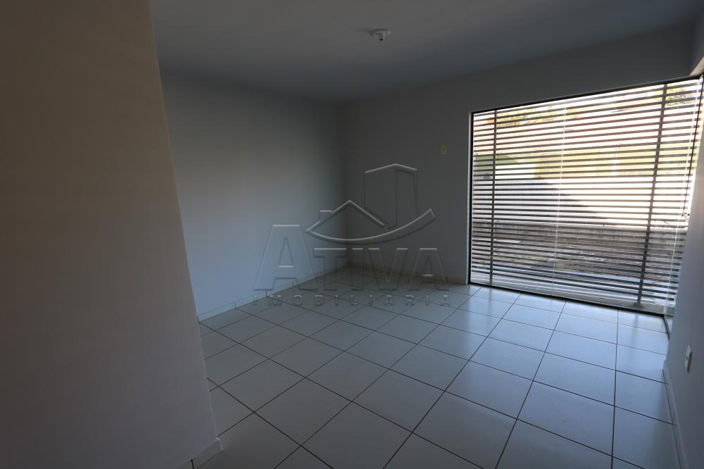 Alugar Apartamento / Padrão em Toledo R$ 990,00 - Foto 19