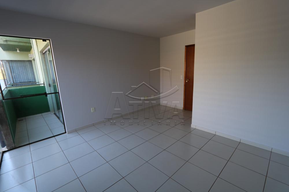 Alugar Apartamento / Padrão em Toledo R$ 990,00 - Foto 21