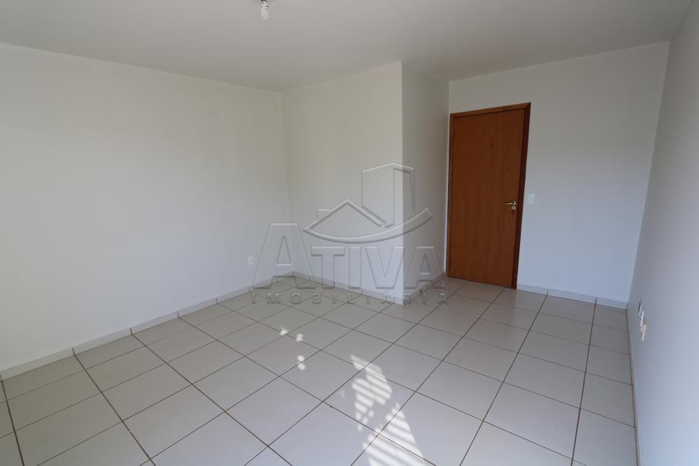 Alugar Apartamento / Padrão em Toledo R$ 990,00 - Foto 34