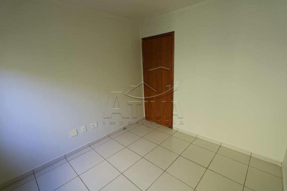 Alugar Apartamento / Padrão em Toledo R$ 990,00 - Foto 39