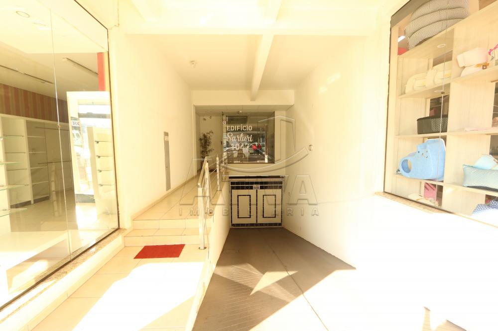Alugar Apartamento / Padrão em Toledo R$ 1.000,00 - Foto 2