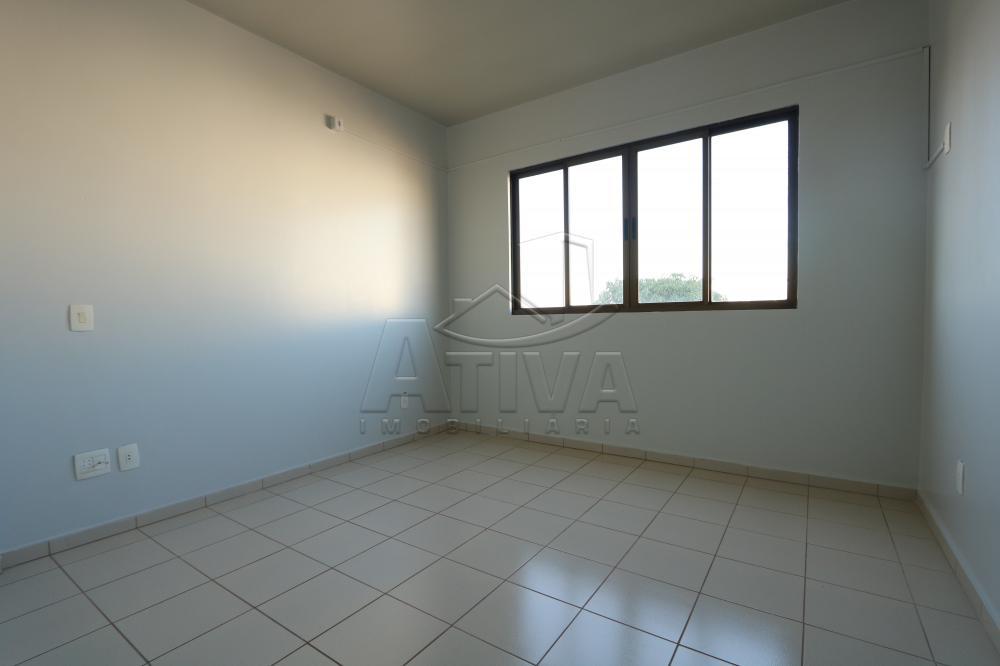 Alugar Apartamento / Padrão em Toledo R$ 1.000,00 - Foto 18