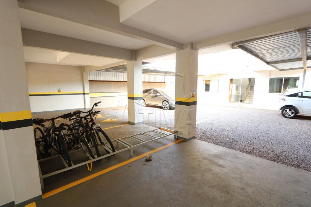 Alugar Apartamento / Padrão em Toledo R$ 950,00 - Foto 6