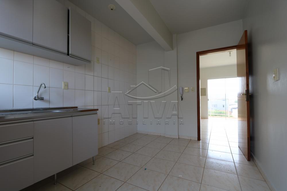 Alugar Apartamento / Padrão em Toledo R$ 950,00 - Foto 15