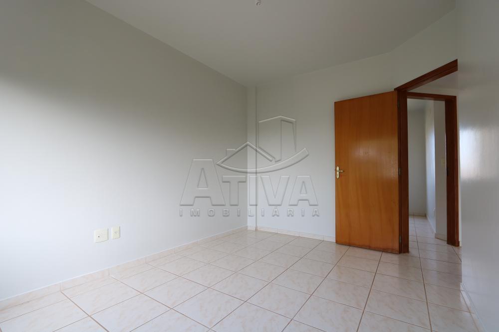 Alugar Apartamento / Padrão em Toledo R$ 950,00 - Foto 23