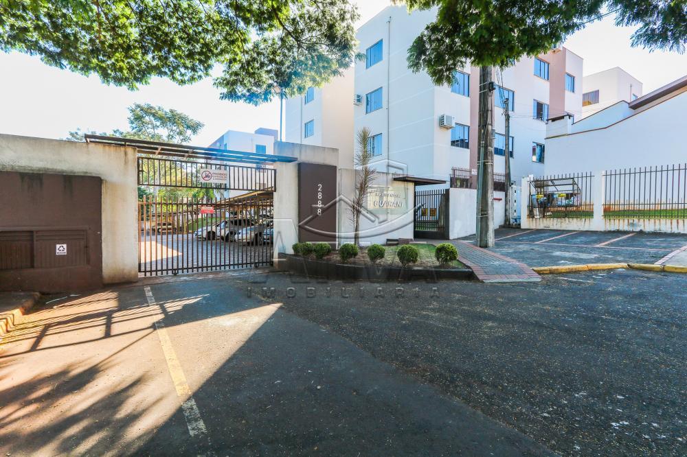 Alugar Apartamento / Padrão em Toledo R$ 700,00 - Foto 2