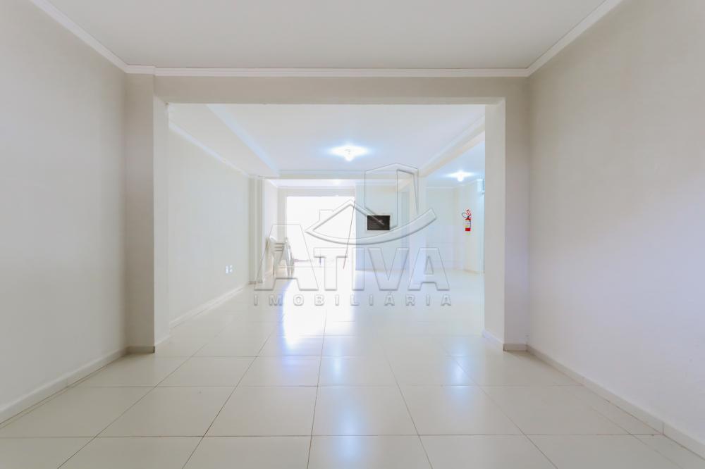 Alugar Apartamento / Padrão em Toledo R$ 1.200,00 - Foto 6