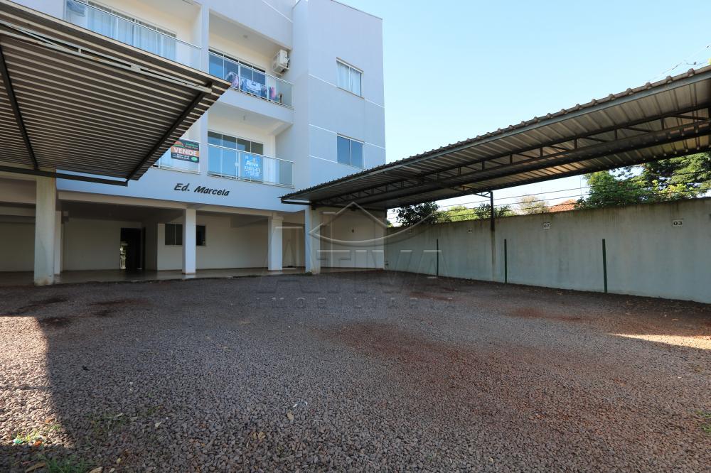Alugar Apartamento / Padrão em Toledo R$ 1.100,00 - Foto 2