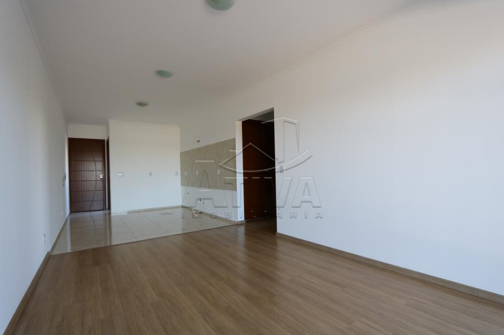 Alugar Apartamento / Padrão em Toledo R$ 1.100,00 - Foto 10