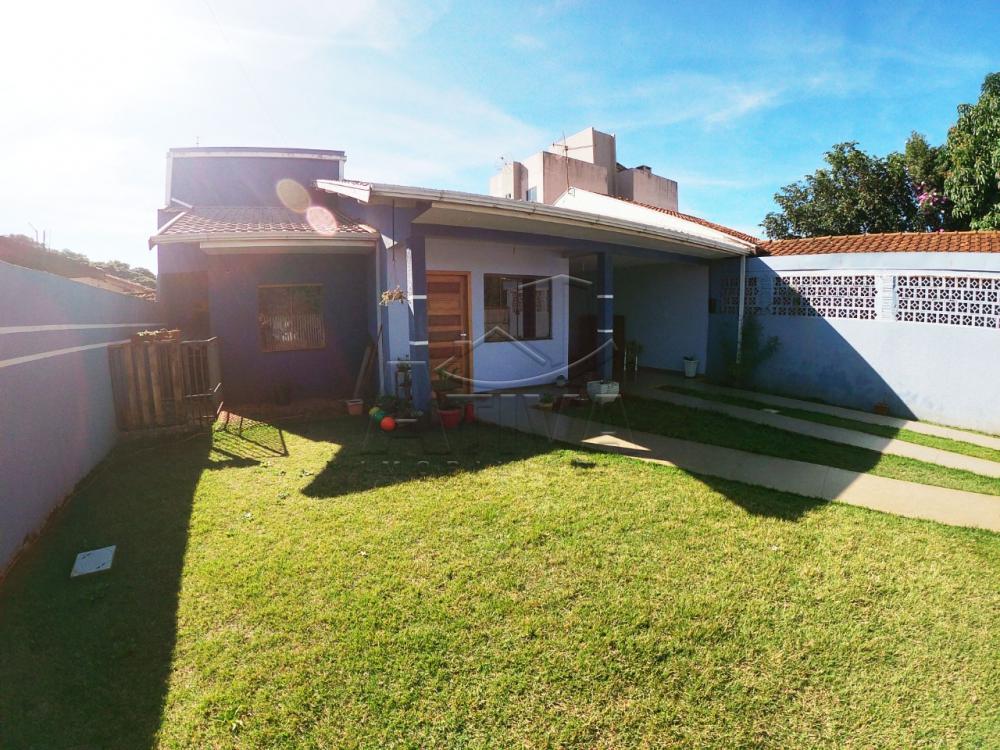 Comprar Casa / Padrão em Toledo R$ 450.000,00 - Foto 1