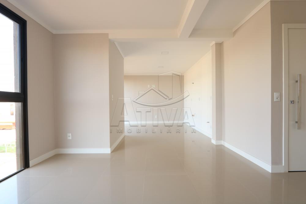 Comprar Apartamento / Padrão em Toledo R$ 390.000,00 - Foto 9