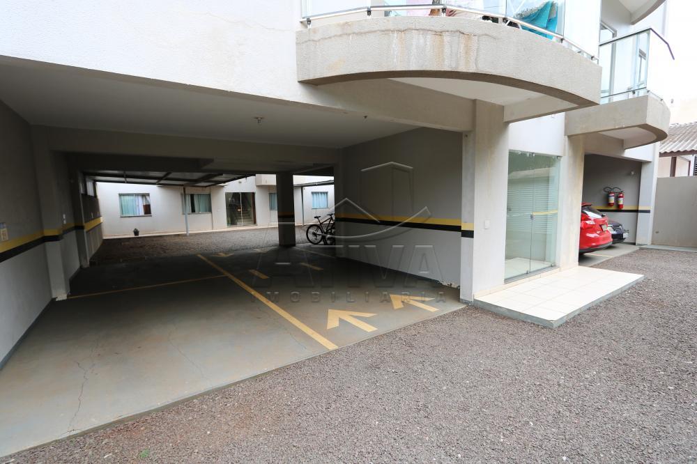 Alugar Apartamento / Padrão em Toledo R$ 950,00 - Foto 27