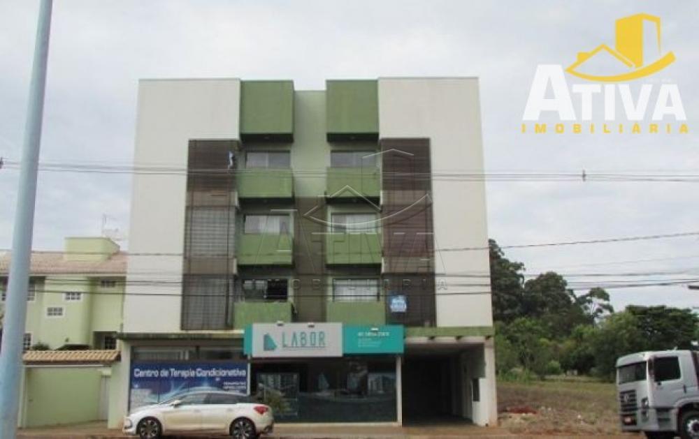 Alugar Apartamento / Padrão em Toledo R$ 990,00 - Foto 42