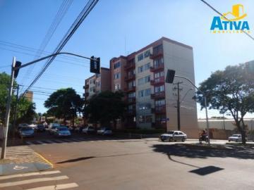 Apartamento / Padrão em Toledo , Comprar por R$420.000,00