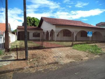 Toledo Centro Casa Locacao R$ 1.800,00 5 Dormitorios 1 Vaga Area do terreno 1140.00m2