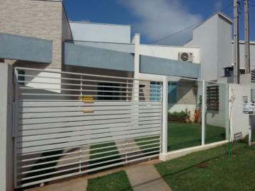 Alugar Casa / Padrão em Toledo. apenas R$ 238.000,00