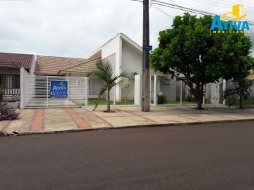Casa / Padrão em Toledo , Comprar por R$790.000,00