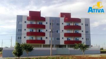 Alugar Apartamento / Padrão em Toledo R$ 690,00 - Foto 1