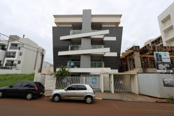 Alugar Apartamento / Padrão em Toledo. apenas R$ 900,00