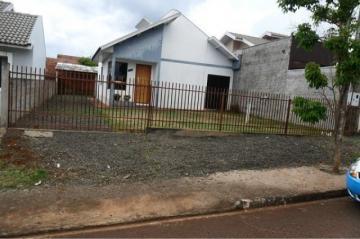 Alugar Casa / Padrão em Toledo. apenas R$ 750,00