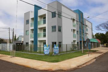 Alugar Apartamento / Padrão em Toledo. apenas R$ 730,00