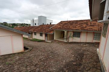 Alugar Casa / Condomínio em Toledo R$ 620,00 - Foto 1
