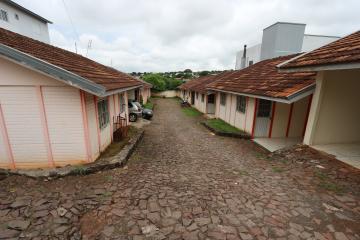 Alugar Casa / Condomínio em Toledo R$ 620,00 - Foto 3
