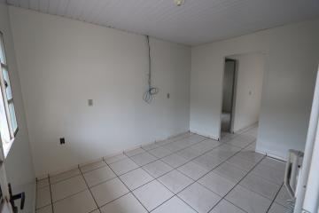 Alugar Casa / Condomínio em Toledo R$ 620,00 - Foto 6