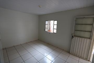 Alugar Casa / Condomínio em Toledo R$ 620,00 - Foto 7