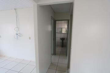 Alugar Casa / Condomínio em Toledo R$ 620,00 - Foto 8