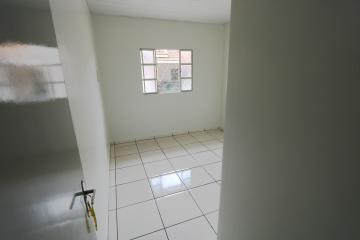 Alugar Casa / Condomínio em Toledo R$ 620,00 - Foto 9
