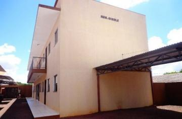 Apartamento / Padrão em Toledo Alugar por R$650,00