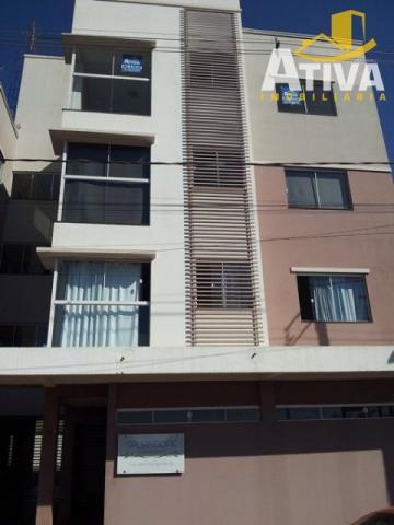 Apartamento / Padrão em Toledo Alugar por R$700,00