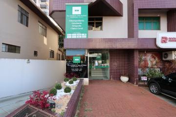 Toledo Centro Comercial Locacao R$ 2.450,00 Condominio R$150,00  Area do terreno 125.00m2