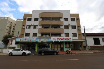 Alugar Apartamento / Padrão em Toledo. apenas R$ 385.000,00