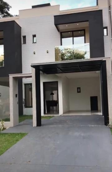 Alugar Casa / Sobrado em Toledo. apenas R$ 415.000,00