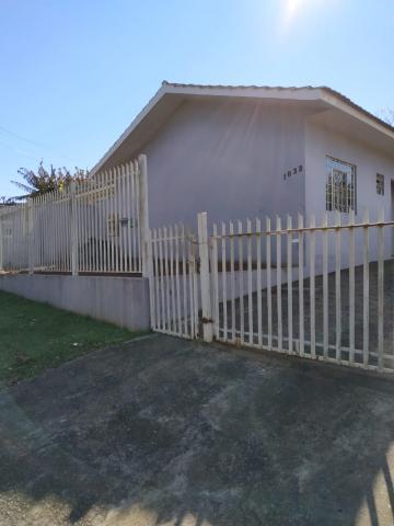 Casa / Padrão em Toledo Alugar por R$750,00