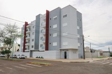 Apartamento / Padrão em Toledo , Comprar por R$495.000,00