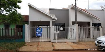 Casa / Padrão em Toledo Alugar por R$1.030,00
